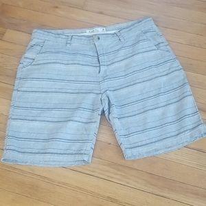 Ezekiel size 38 shorts